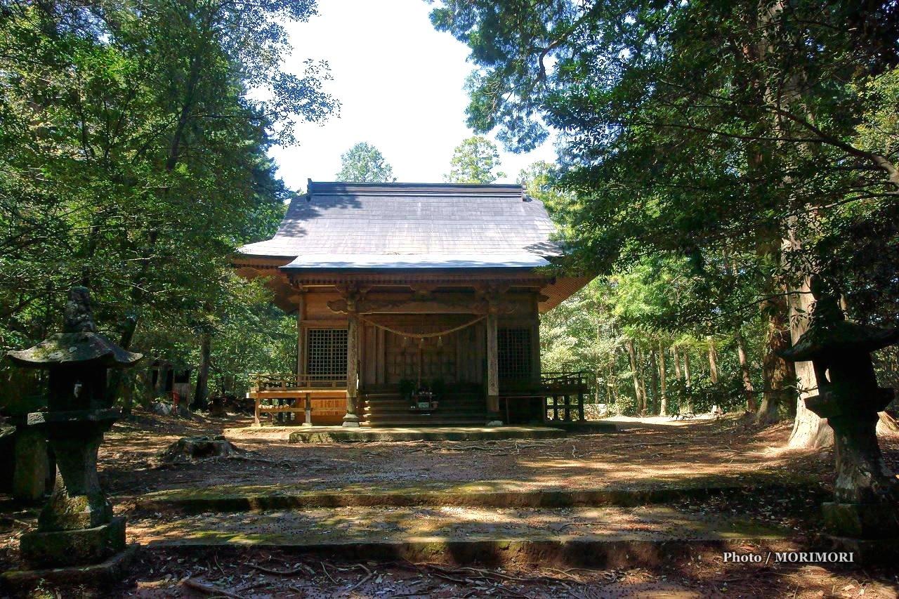 向山神社(宮崎県高千穂町)
